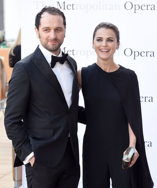 NEW YORK, NY - SEPTEMBER 26: Matthew Rhys and Keri Russell attend the Met Opera 2016-2017 Season Opening Performance of Tristan Und Isolde at The Metropolitan Opera House on September 26, 2016 in New York City. (Photo by Nicholas Hunt/Getty Images)
