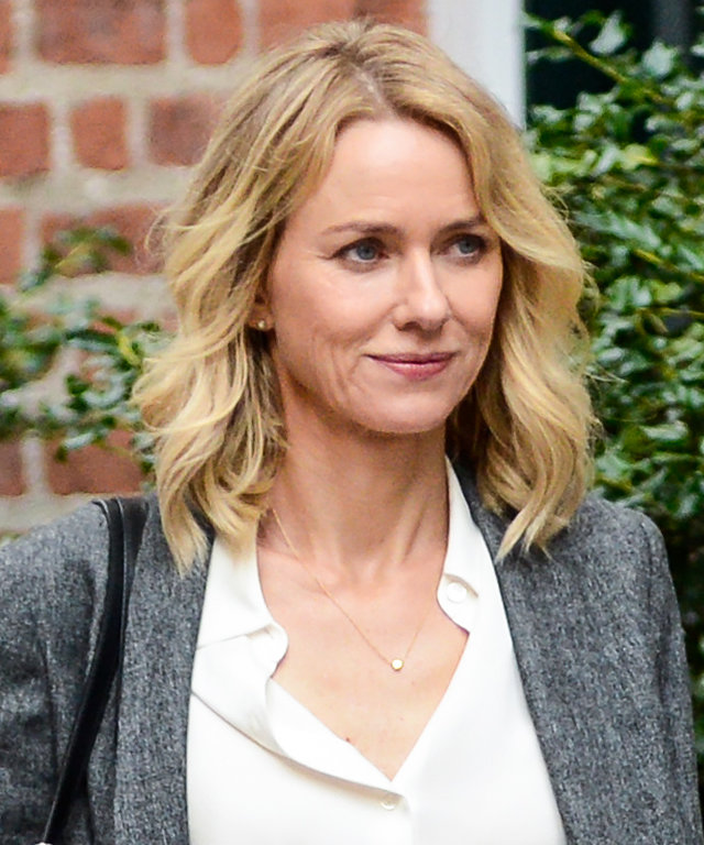 "NEW YORK, NY - SEPTEMBER 28: Actress Naomi Watts films a scene at the ""Gypsy"" movie set in Greenwich Village on September 28, 2016 in New York City. (Photo by Ray Tamarra/GC Images)"