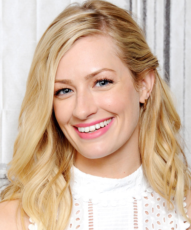 Gift Guide - Beth Behrs