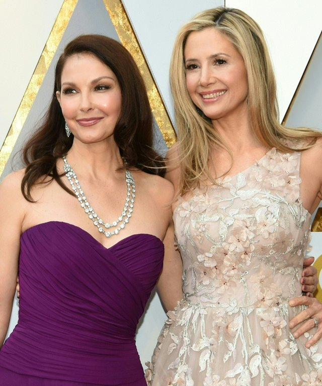 Mira Sorvino Ashley Judd