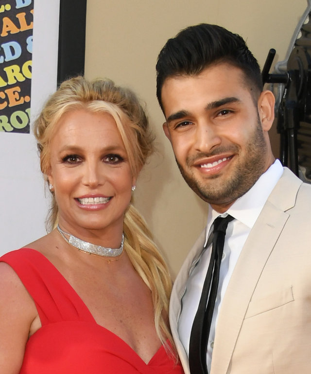 HOLLYWOOD, CALIFORNIA - JULY 22:  Britney Spears and Sam Asghari attend Sony Pictures'  Once Upon A Time...In Hollywood  Los Angeles Premiere on July 22, 2019 in Hollywood, California. (Photo by Jon Kopaloff/FilmMagic)