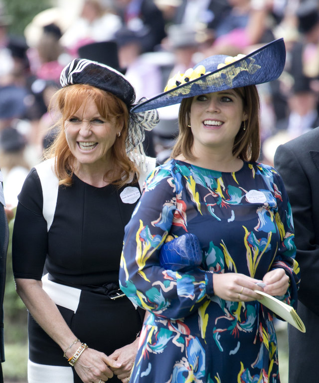 ASCOT, ENGLAND - JUNE 23: Sarah Ferguson, Duchess of York and Princess Eugenie attend the fourth day of Royal Ascot 2017 at Ascot Racecourse on June 23, 2017 in Ascot, England. (Photo by Julian Parker/UK Press via Getty Images)
