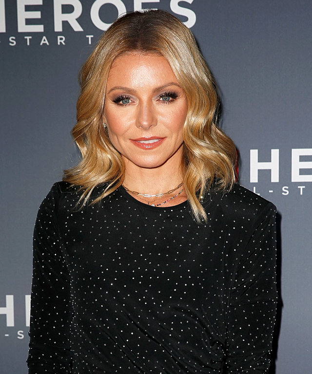 NEW YORK, NEW YORK - DECEMBER 09:  Kelly Ripa attends the 12th Annual CNN Heroes: An All-Star Tribute at American Museum of Natural History on December 09, 2018 in New York City. (Photo by Dominik Bindl/Getty Images)
