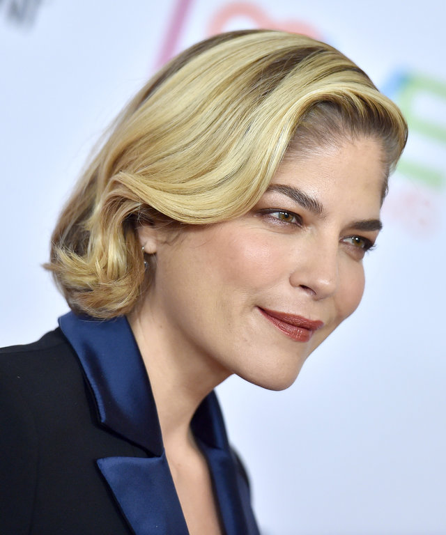 BEVERLY HILLS, CALIFORNIA - MAY 10: Selma Blair attends the 26th Annual Race to Erase MS Gala at The Beverly Hilton Hotel on May 10, 2019 in Beverly Hills, California. (Photo by Axelle/Bauer-Griffin/FilmMagic)