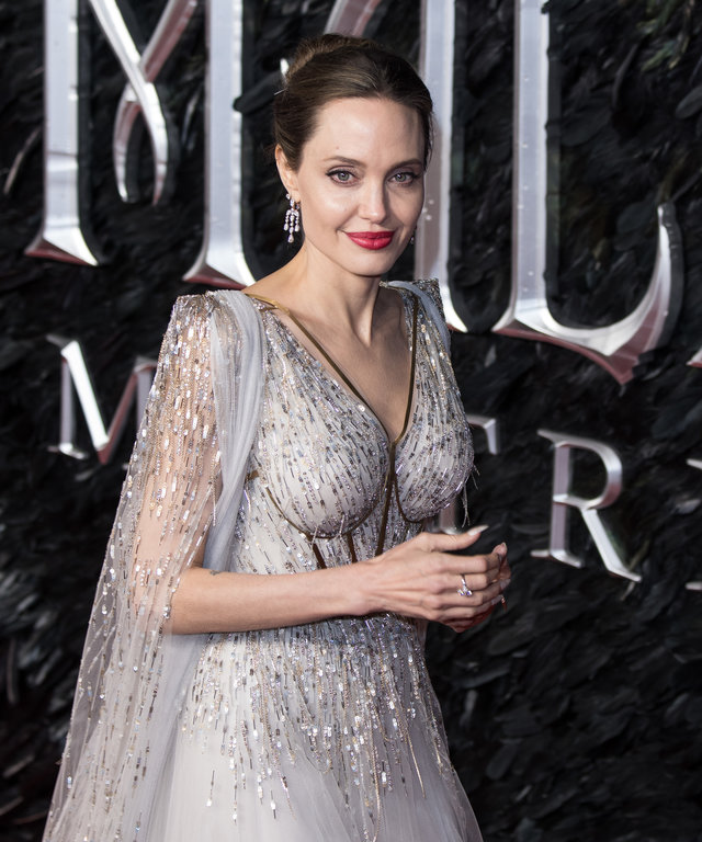Angelina Jolie Mistress of Evil Lead