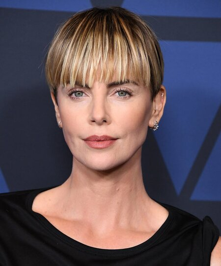 Short Haircuts for Women, Ideas for Short Hairstyles ...