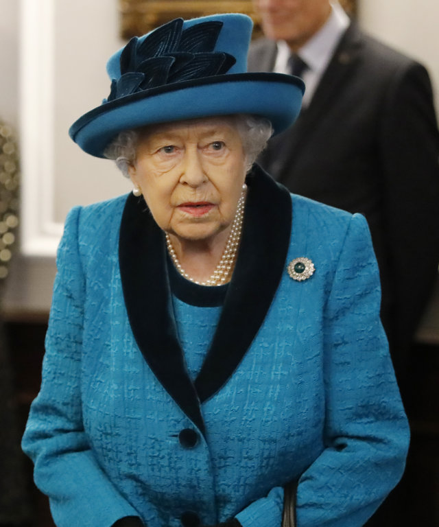 Queen Elizabeth Reportedly Having a Difficult Time
