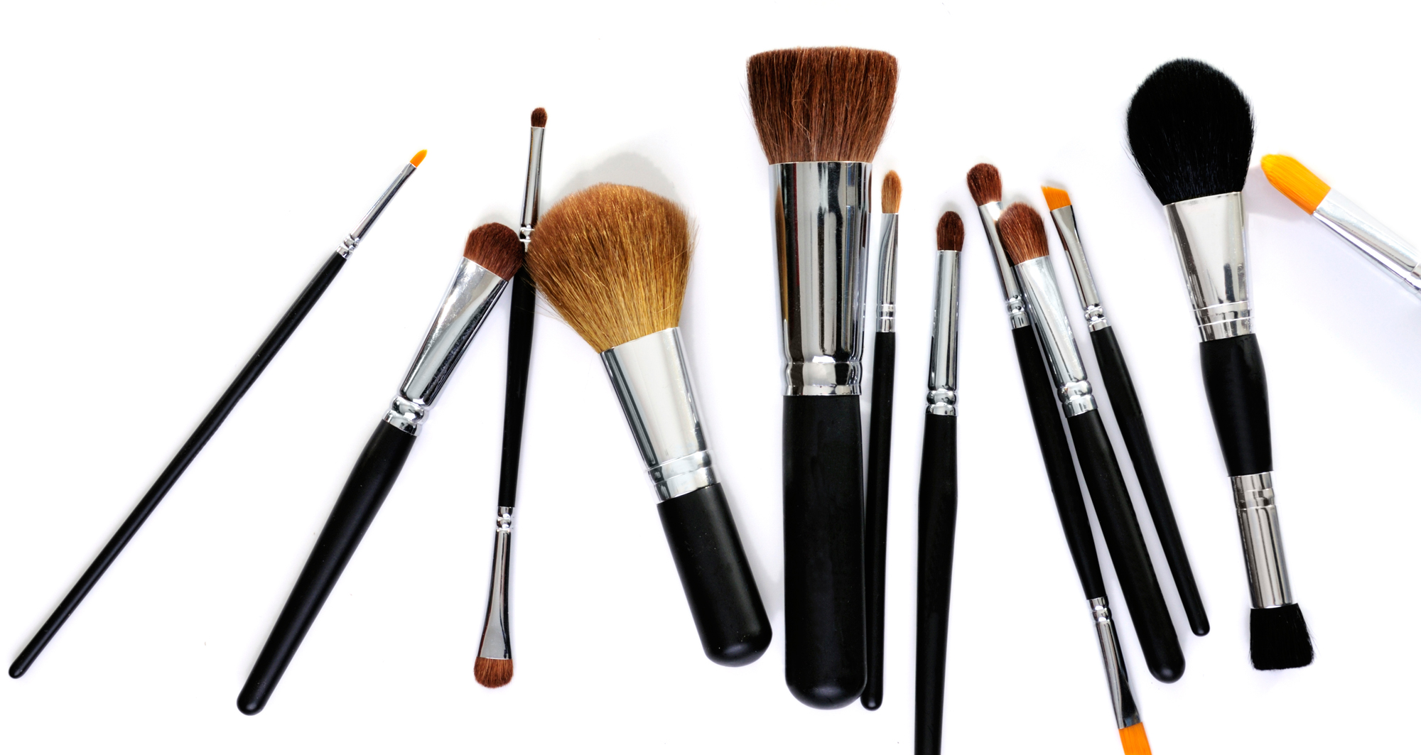 Clean up makeup brushes Lead