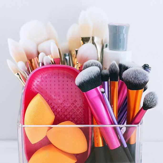 How To Clean Makeup Brushes - LEAD
