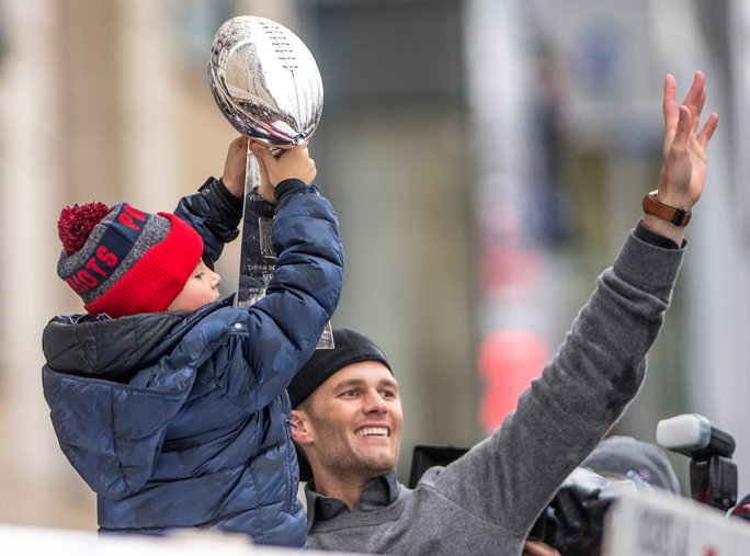 Tom Brady Superbowl Victory Parade - LEAD
