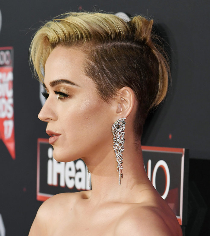 Katy Perry Hair iHeartRadio Awards - Embed 2
