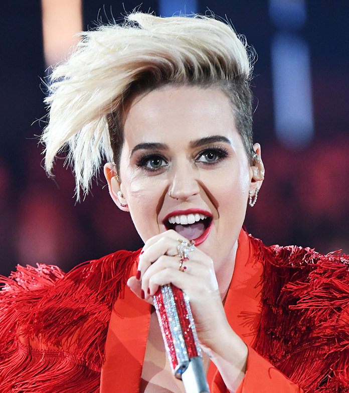 Katy Perry Hair iHeartRadio Awards - Embed 7