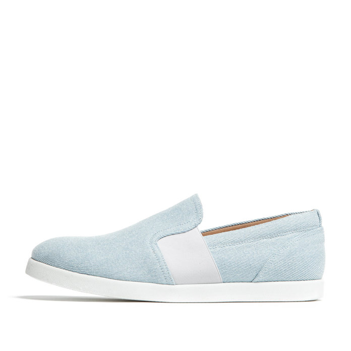 LIGHT DENIM SLIP-ON