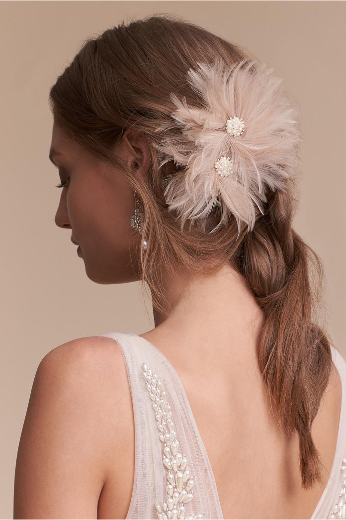 FEATHERED FLOWERS CLIP