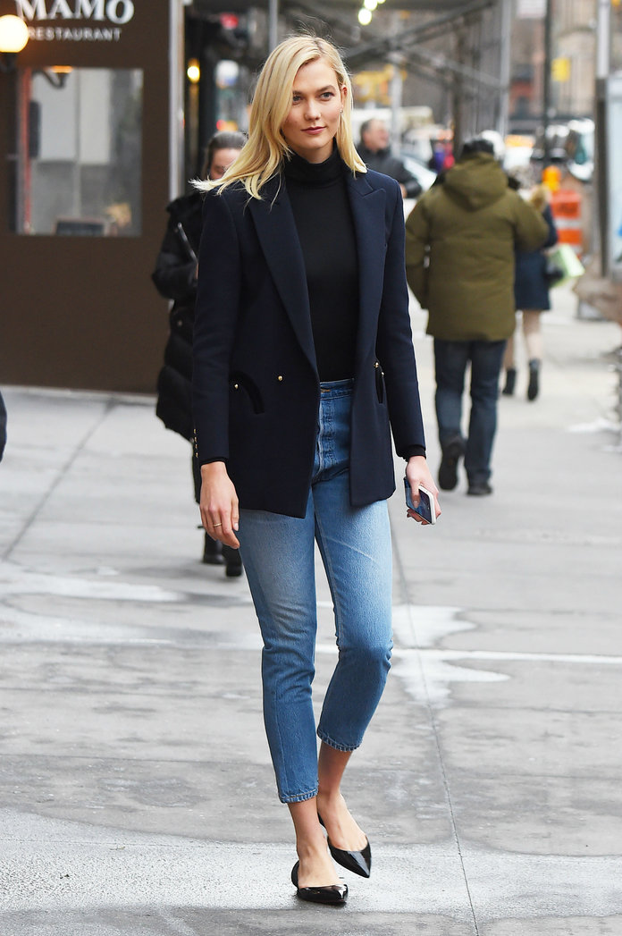 A Guide to the Best Jeans for Tall Women - Lead