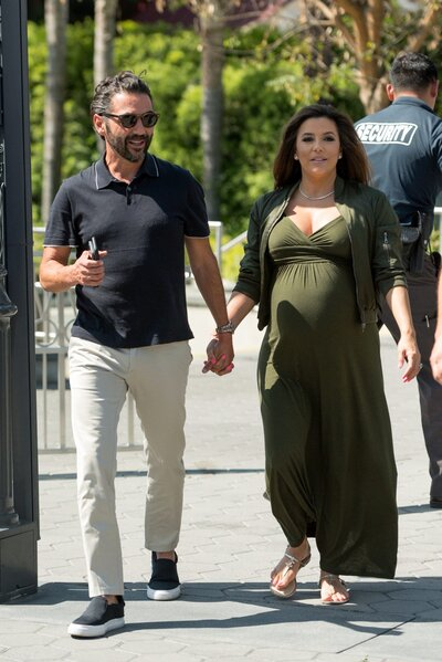 443a23a7e09 The Best Celebrity Maternity Looks