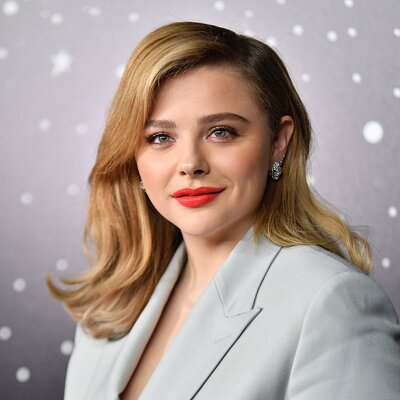 ca836b69caa7 See Chloe Grace Moretz s Sugar Cookie Blonde Hair - Blonde Hair ...