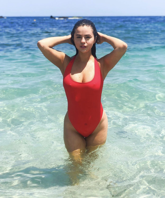 Selena Gomez Red One Piece Krahs Swimsuit