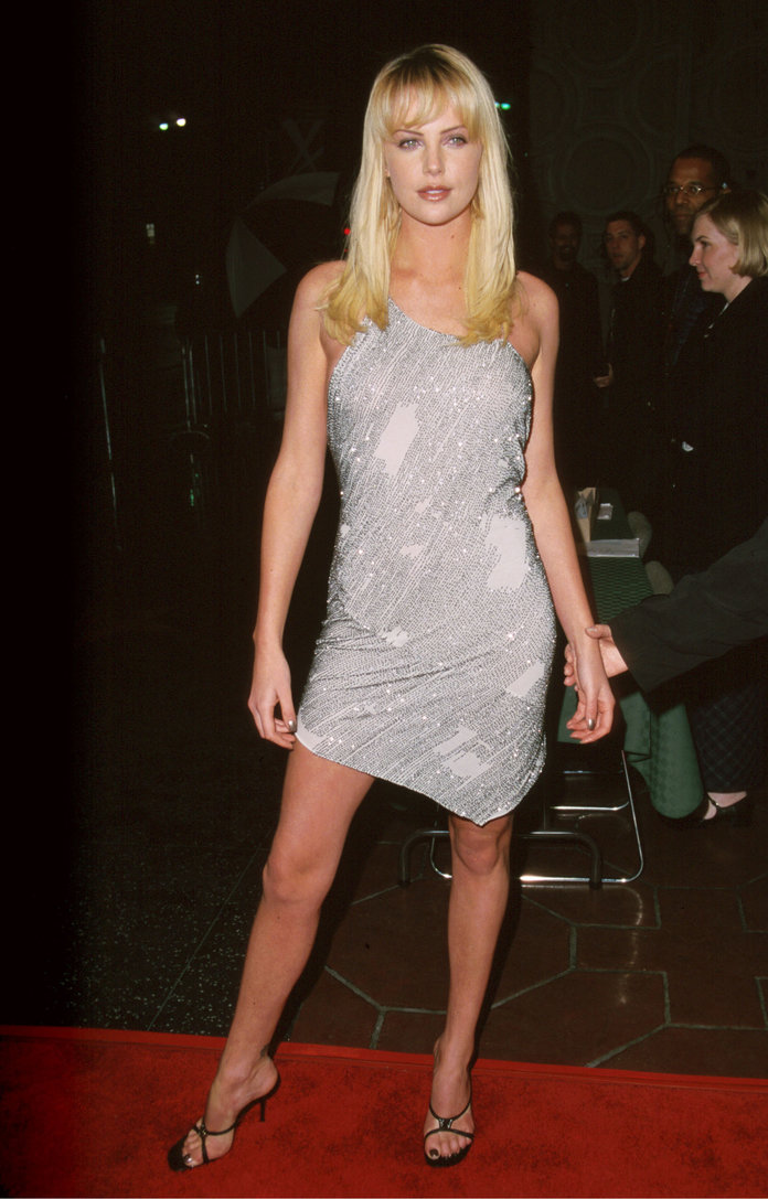 Charlize Theron at the 2000 premiere of Reindeer Games