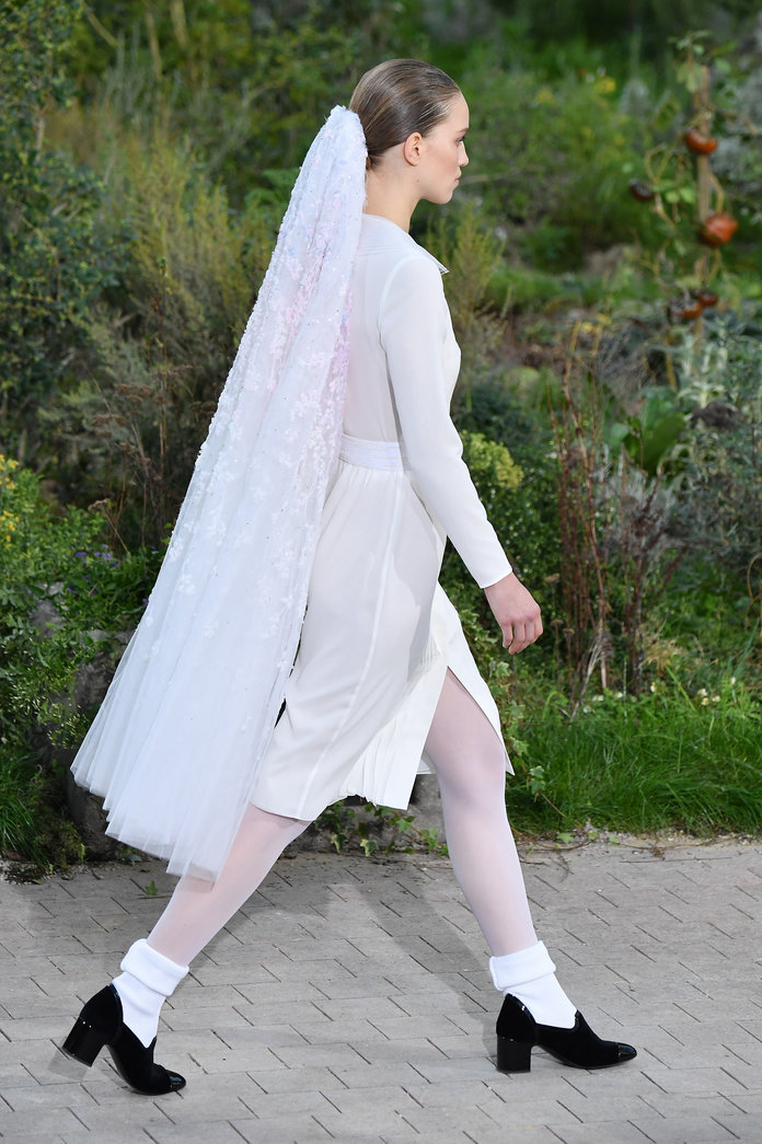 One of Fashion's Most Questionable Trends Popped Up On the Chanel Couture Runway