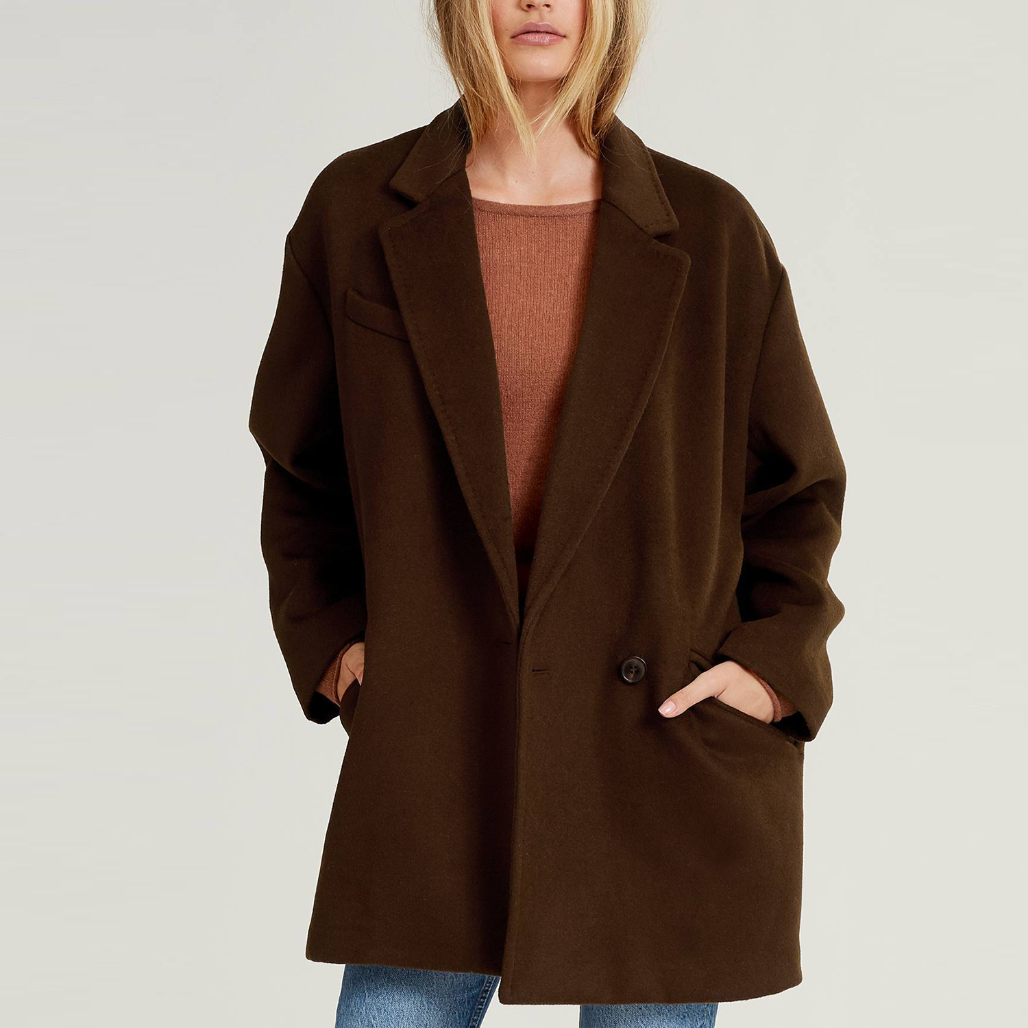 Sansa Boxy-Cut Wool Blend Coat in Coffee