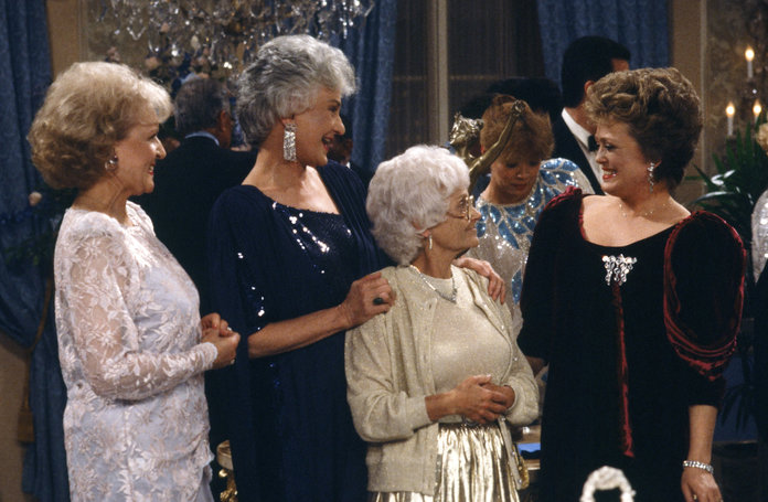 golden girls fashion, matching sweater set, best fashion trends 2020, matching cardigan and top outfit '90s
