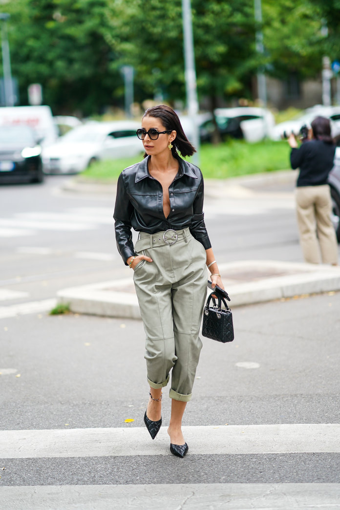 what to wear with khakis, khaki pants outfit idea, khaki pants and a leather shirt