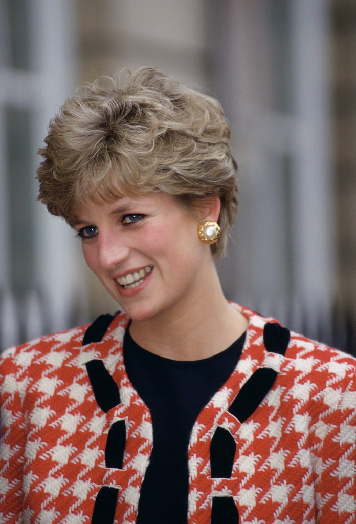 Princess Diana Outfits, Styling Tricks, Houndstooth Jacket