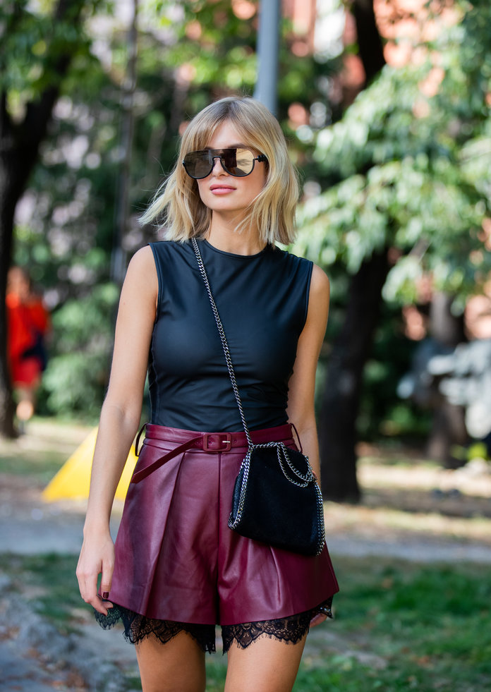 leather shorts fashion trend 2020, leather shorts and a tank top outfit