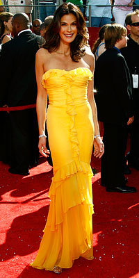 Teri Hatcher, Monique Lhuillier, Desperate Housewives, Emmys