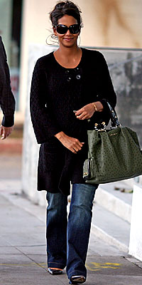 Halle Berry, Juicy Couture, celebrity style, pregnant celebrities, celebrity trends