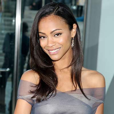 Avatar's Zoe Saldana Newest Avon Lady
