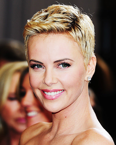 Charlize Theron's Chic Pixie