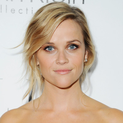 Reese Witherspoon's Metallic Smoky Eye