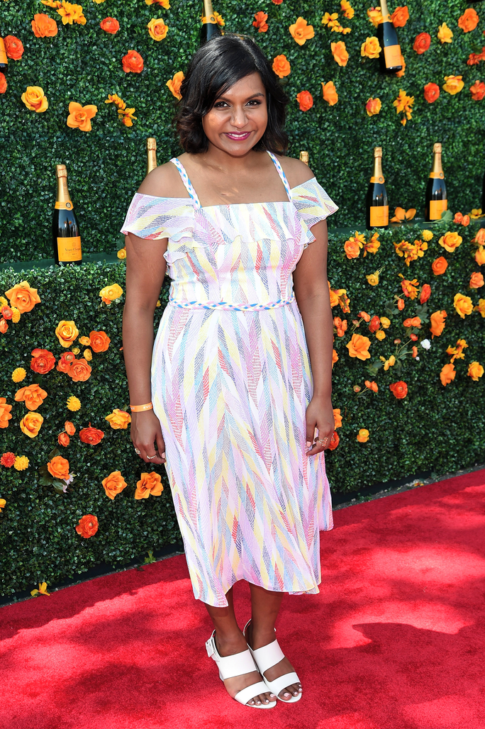 Mindy Kaling attends the Veuve Clicquot Polo Classic in Shoshanna