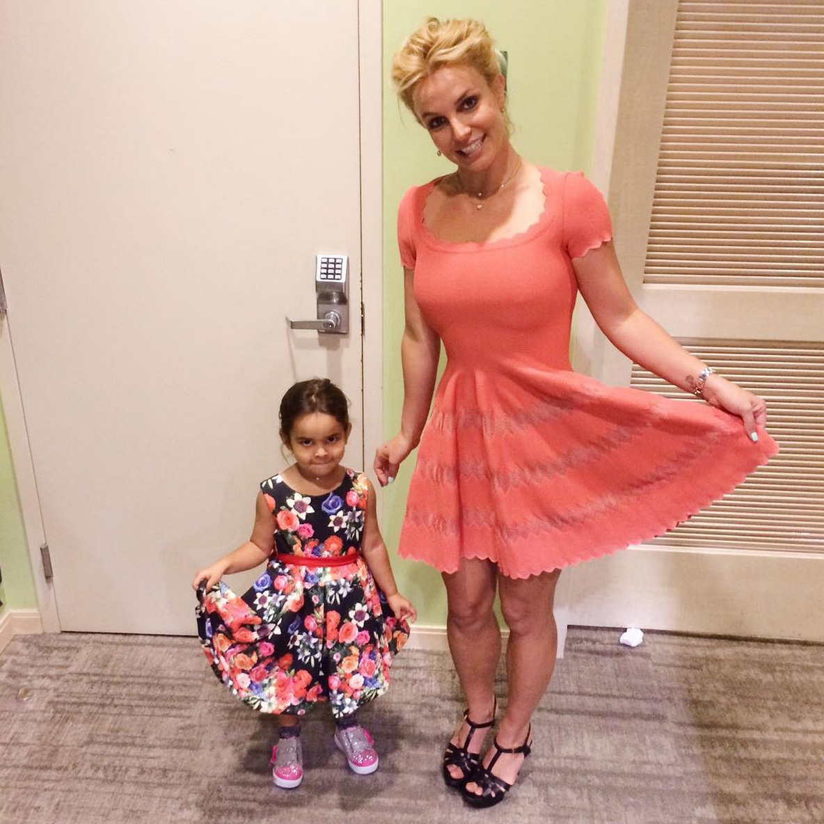 Britney Sears posts a photo of her and a little girl on instagram in pretty dresses