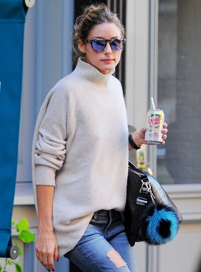 The Best Hairstyles To Wear With A Turtleneck Instyle Com