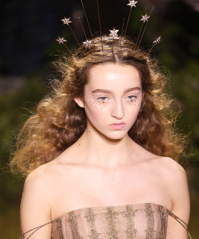 Standout Headpieces at Dior