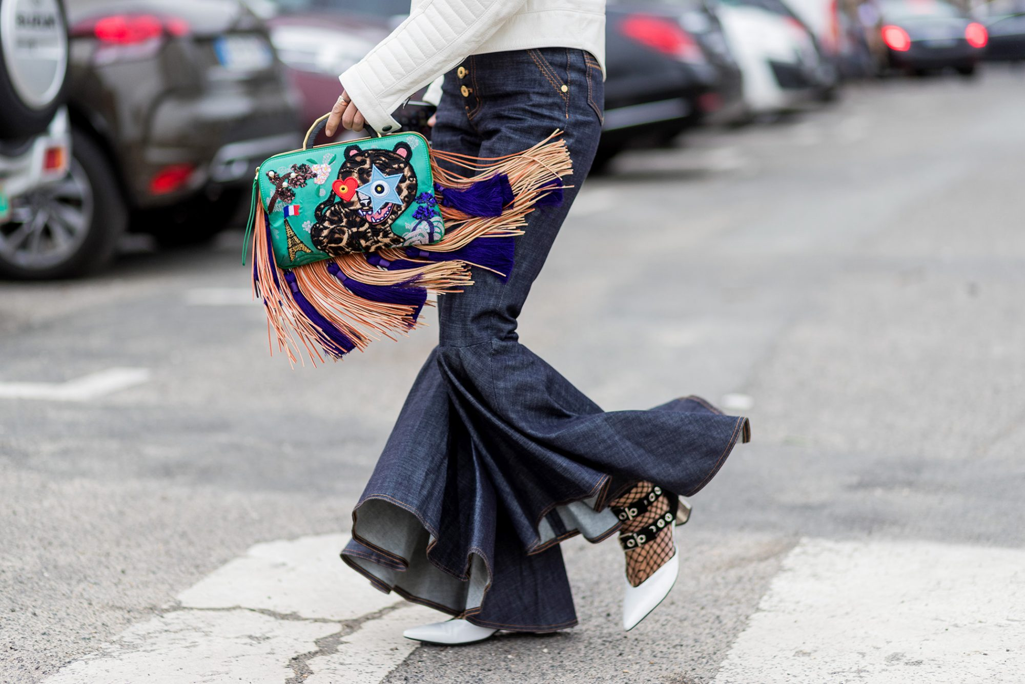 Pants with a kick, a bag with swoosh