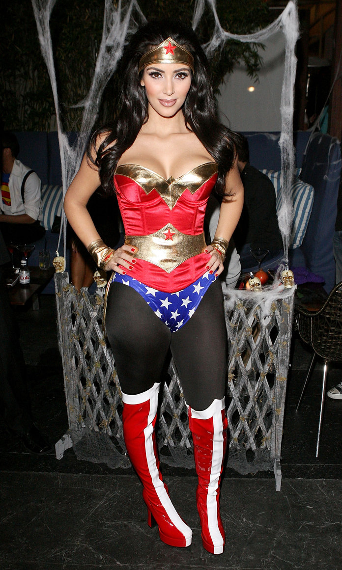Wonder Woman - Kim K - Lead