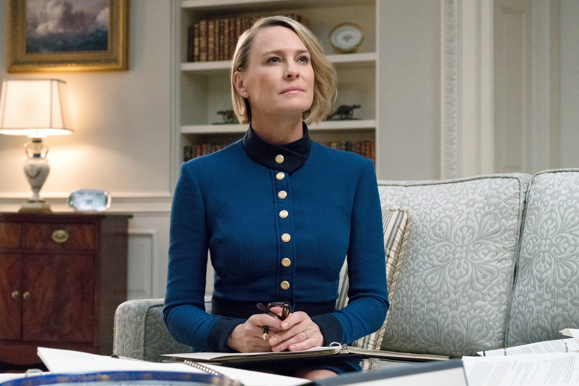Claire Underwood Style - Lead