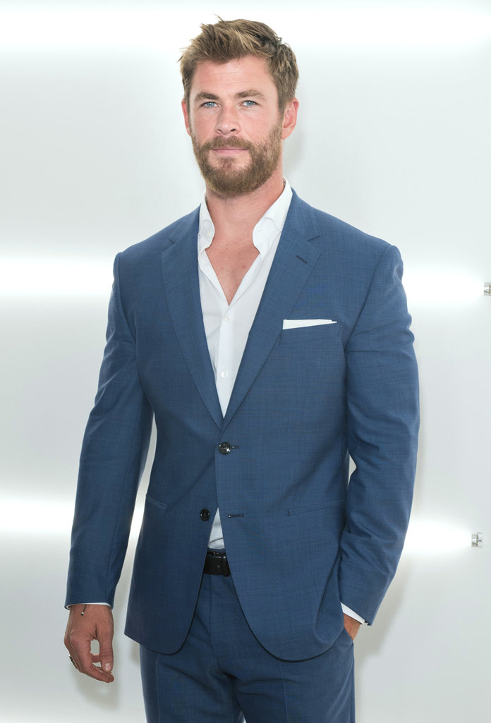 Hot men in suits  Boss Show - Chris Hemsworth LEAD