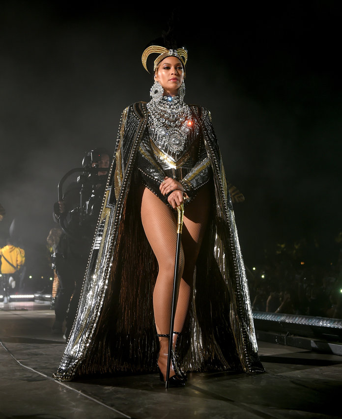 Beyonce Outfits Lead