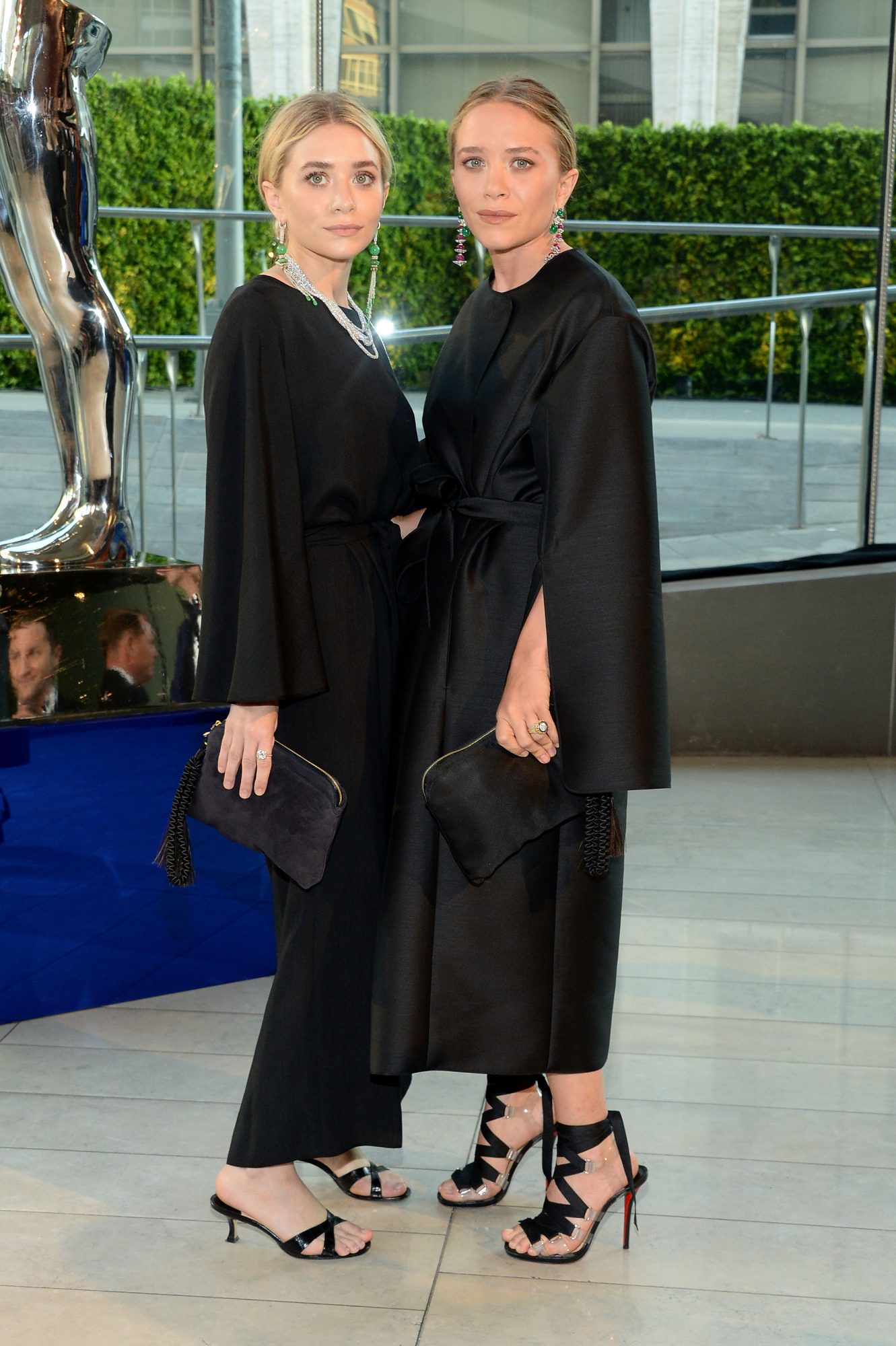 Mary-Kate and Ashley- Lead