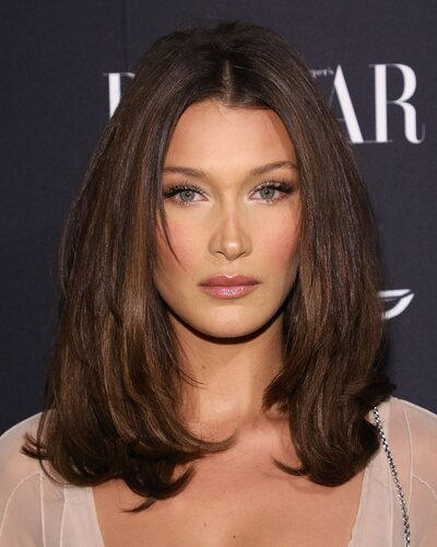 Bella Hadid 2018 Victoria S Secret Fashion Show Hair Color
