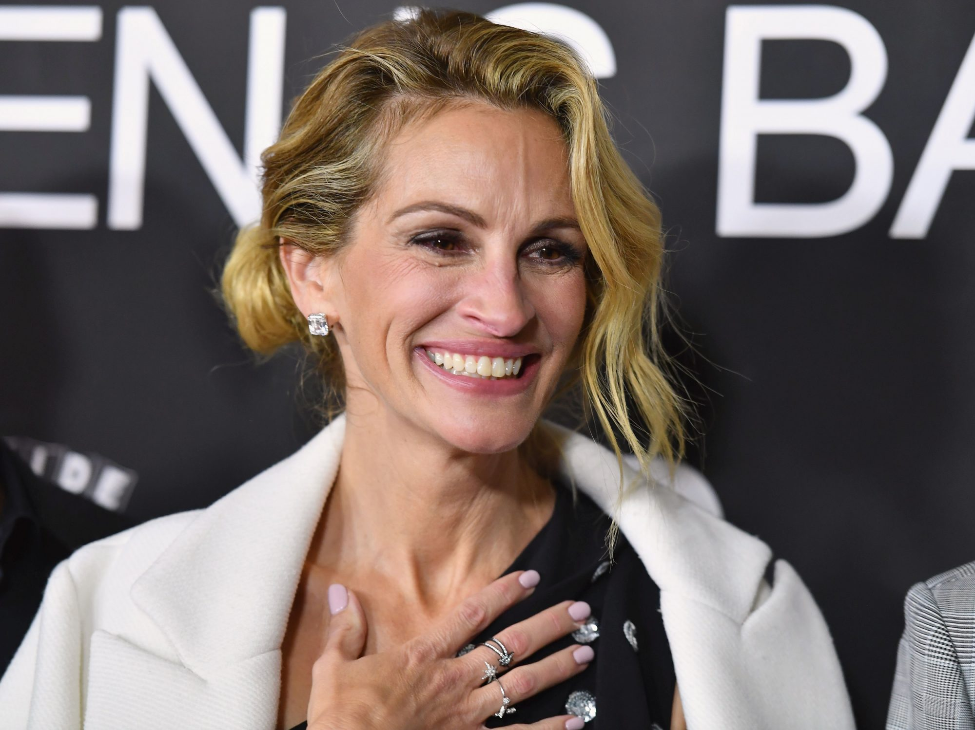 Julia Roberts Always Wears This Ring — And It's $12 Today