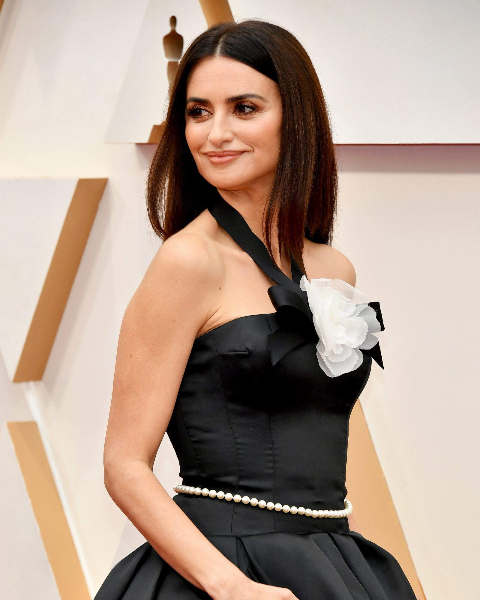 Nordstrom Shoppers Are Obsessed With the Anti-Aging Serum Penelope Cruz Used at the Oscars