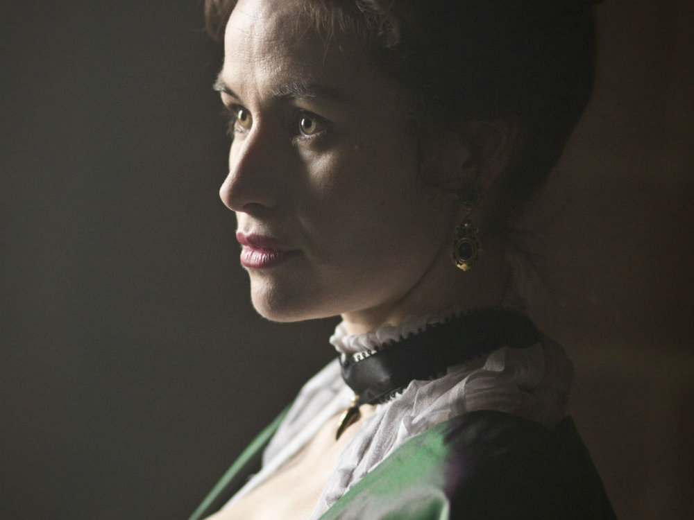 Maimie McCoy in The Musketeers