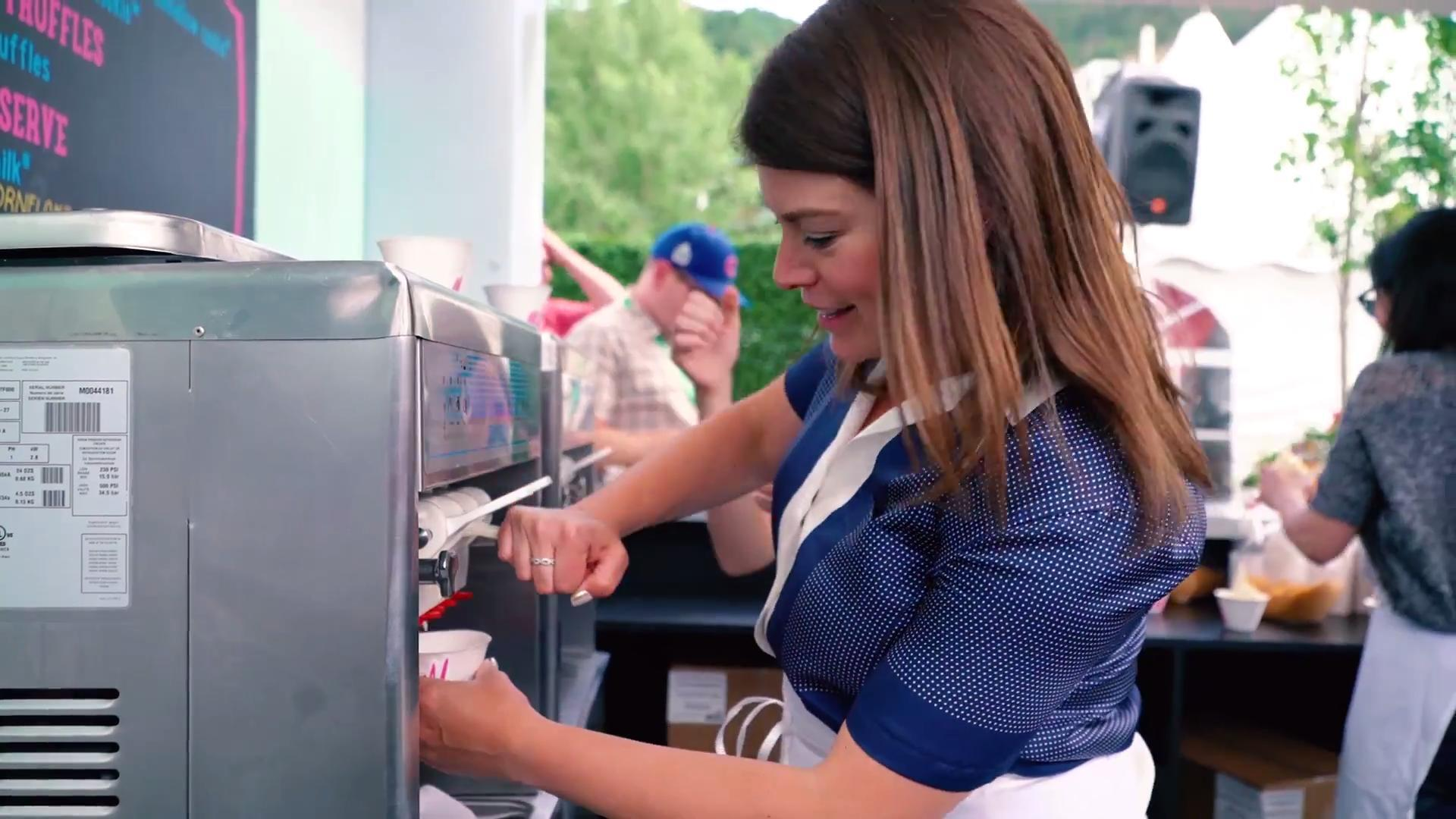 Taste of the Classic: Inside the Grand Tasting Pavilion With Gail Simmons