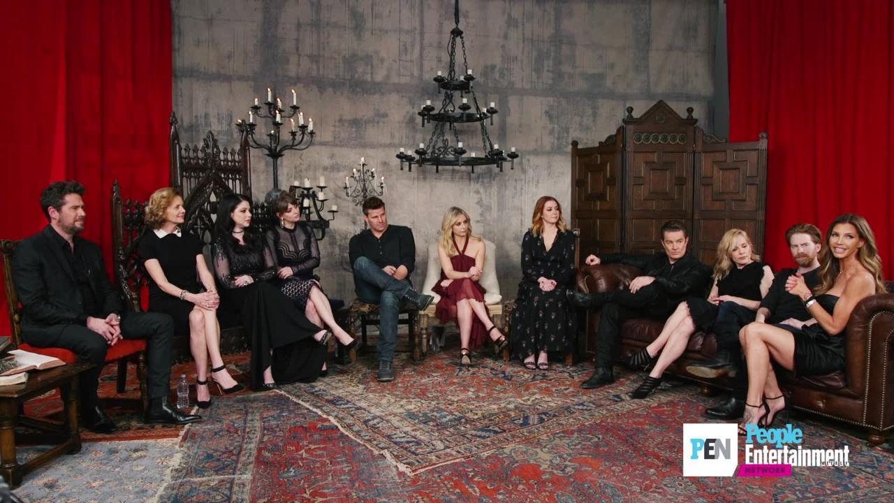 <em>Buffy the Vampire Slayer</em>cast reunites for 20th anniversary